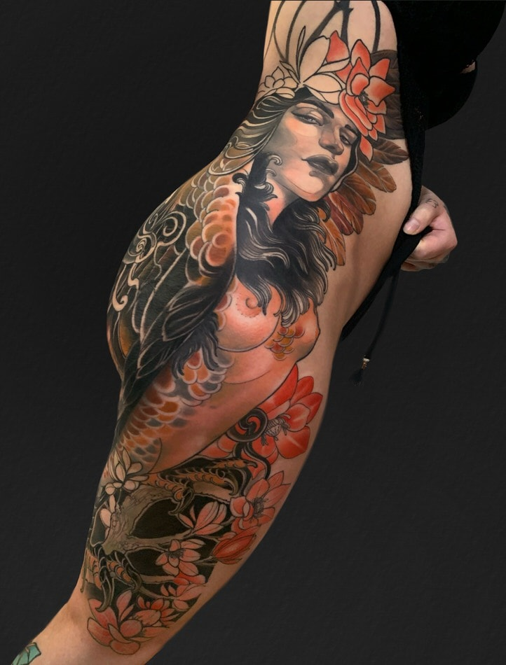 HARPIE NEOTRADITIONAL TATTOO ON THE RIBS